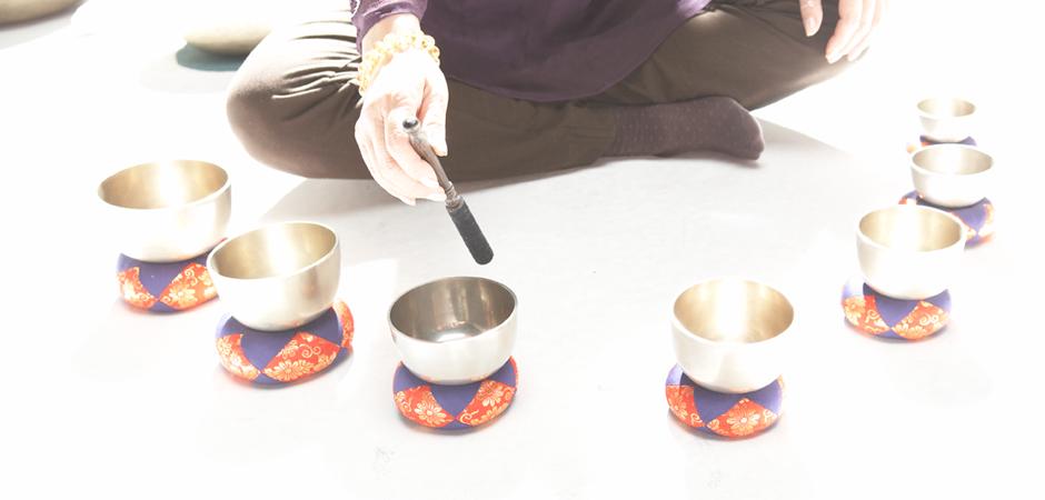 slider-2-japanese-singing-bowls